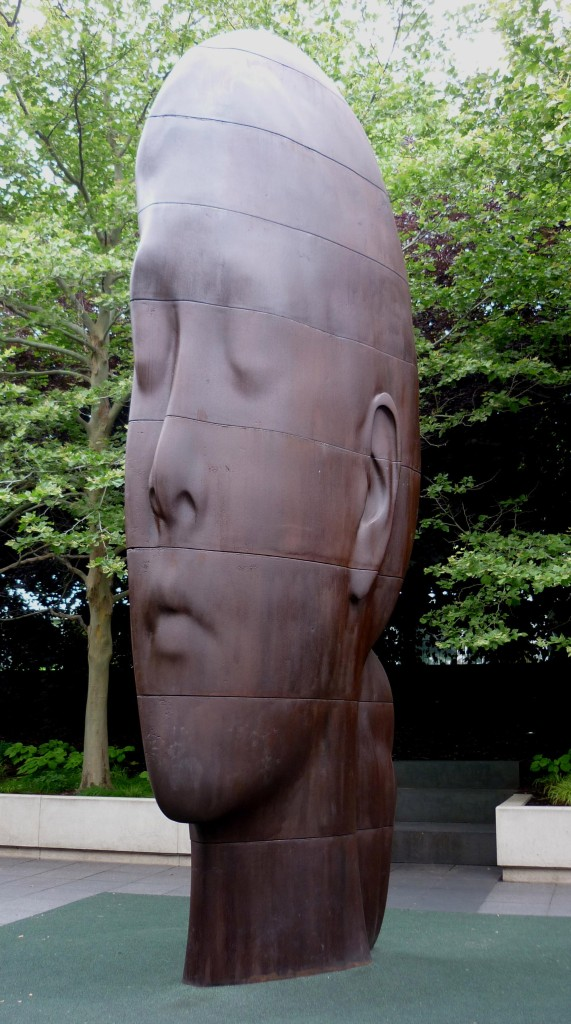 Profile Sculpture - Millennium Park - Chicago, Illinois - July 2015