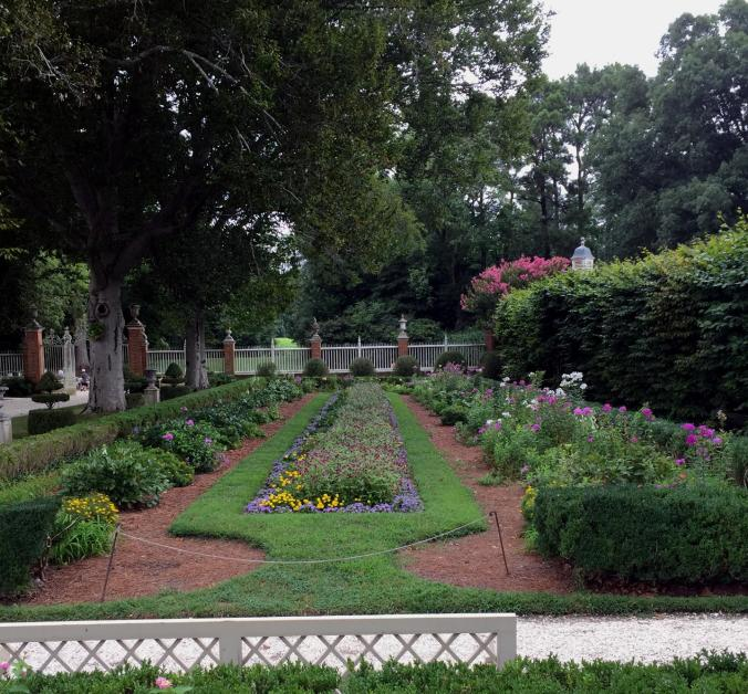 Williamsburg Governor's Palace Gardens - August 2015