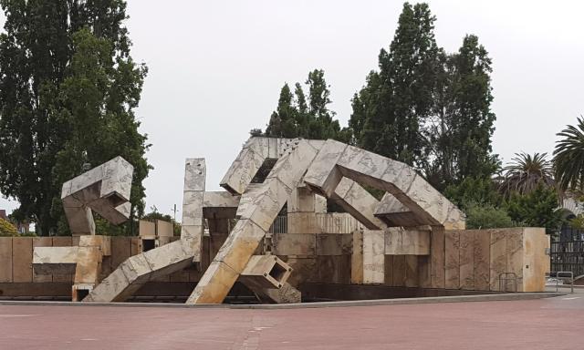 SF - Embarcadero Sculpture