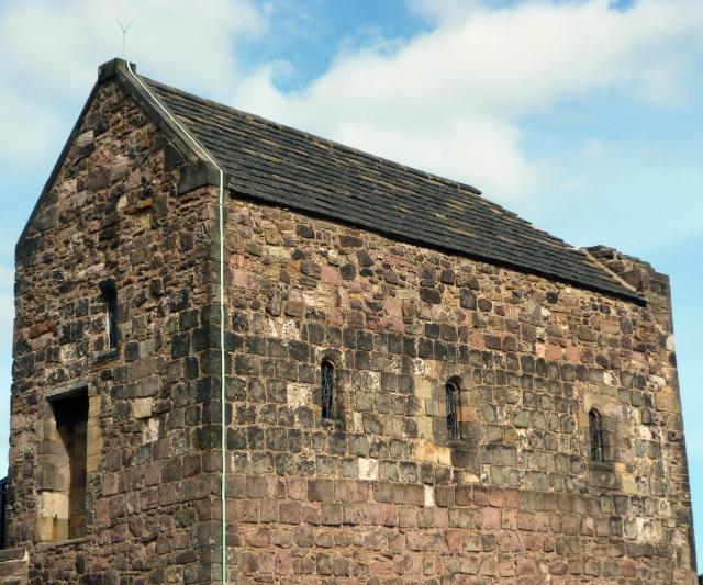 edinburgh-castle-st-margarets-chapel
