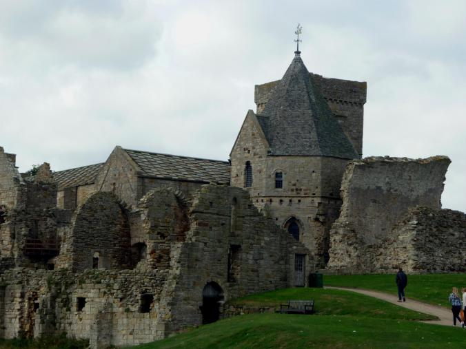 inchcolm-abbey-2